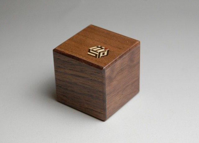 KARAKURI SMALL CUBE BOX #1
