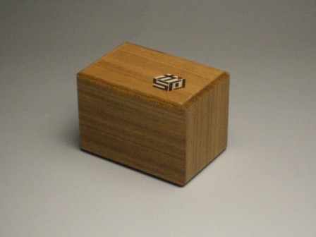 KARAKURI SMALL CUBE BOX #2W