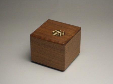 KARAKURI SMALL CUBE BOX #6
