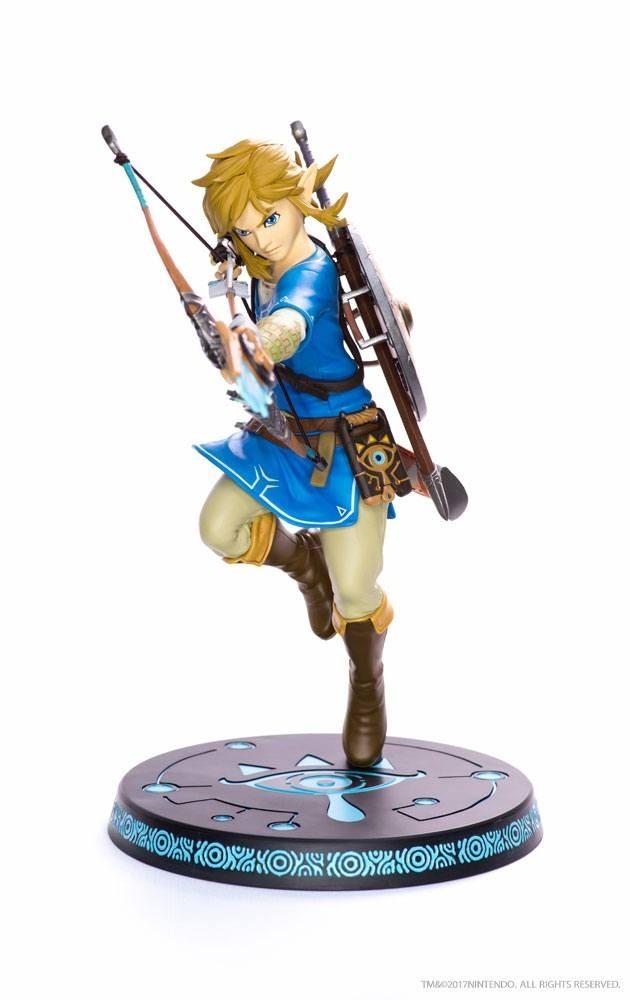 The Legend of Zelda: Breath of the Wild Figure - Link